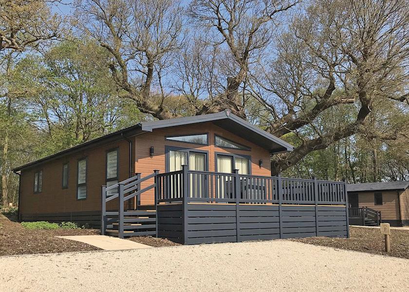 Woolverstone Marina Lodge Park