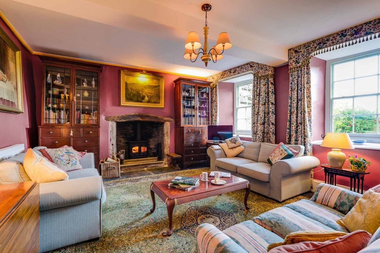 Click here for more about The West Wing at Trevadlock Manor