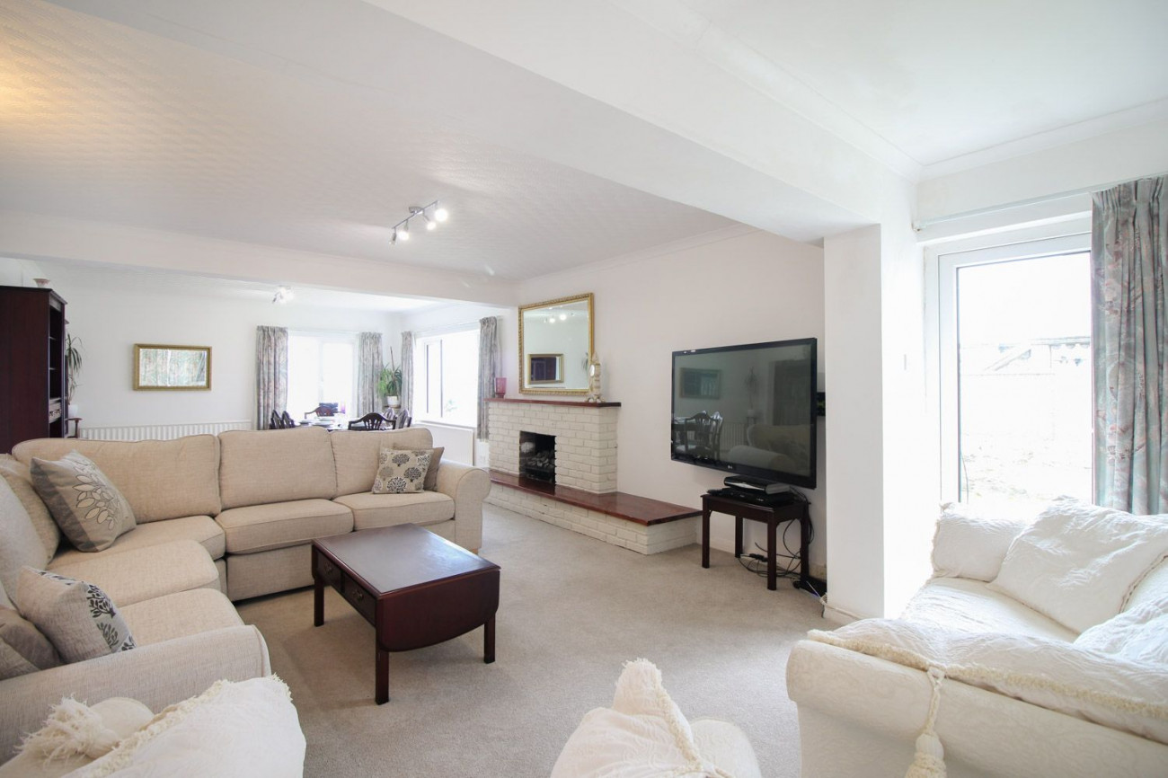 Click here for more about Clifton Villa