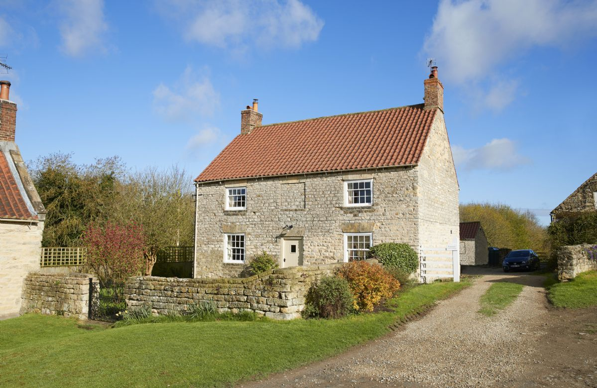 Click here for more about Lime Kiln Farmhouse