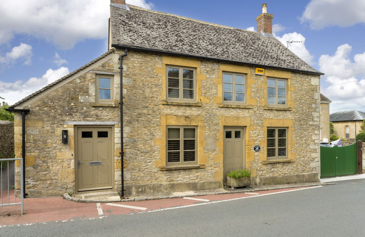 Click here for more about Fleece Cottage