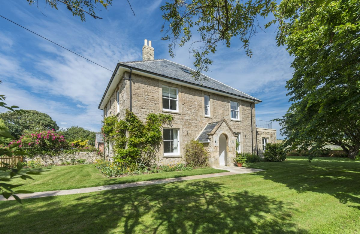 Click here for more about Brook Farmhouse