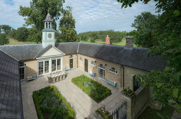 Click here for more about The Clockhouse and The Barn