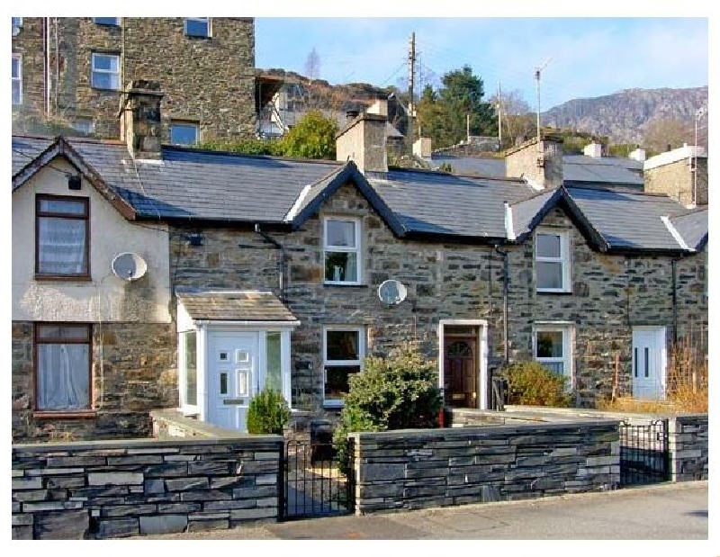 Click here for more about Glan-yr-Afon Cottage