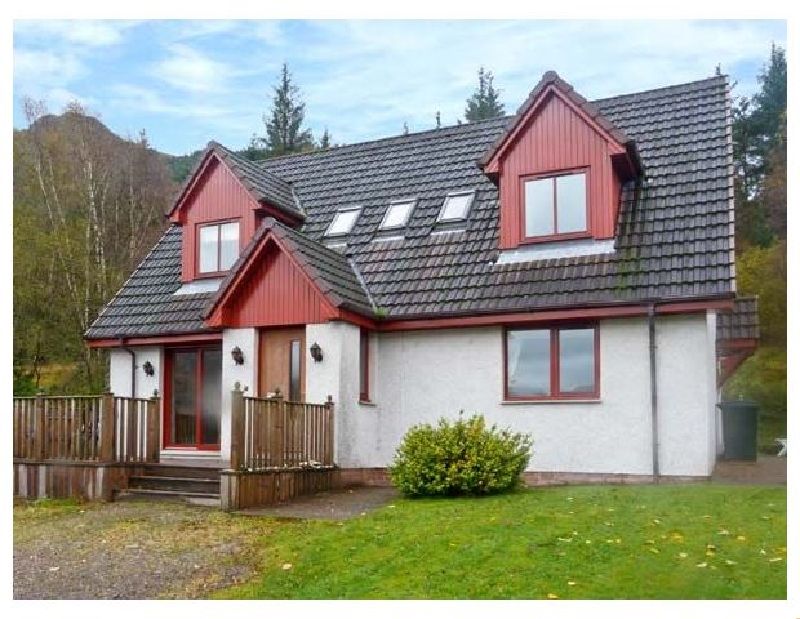 Click here for more about Silver Birch Lodge