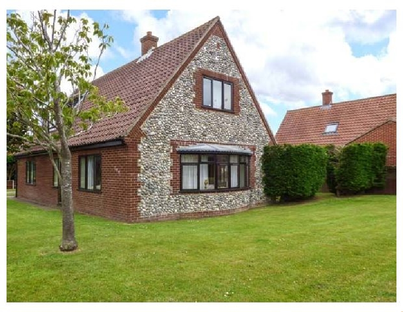Click here for more about Hornbeam Cottage
