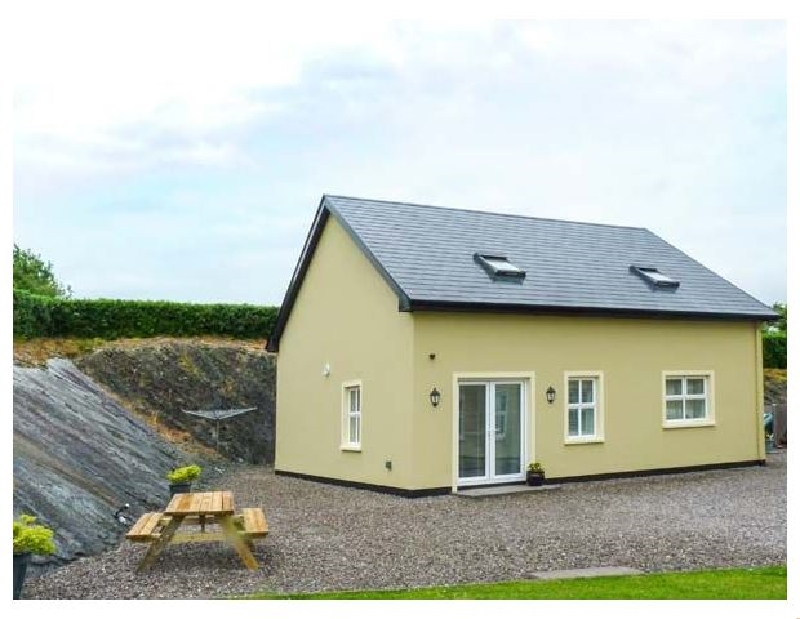 Click here for more about Rock Lawn Cottage