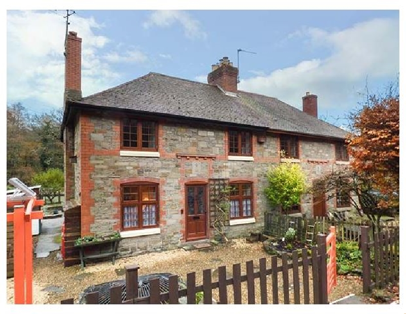 Click here for more about 3 Crown Cottages