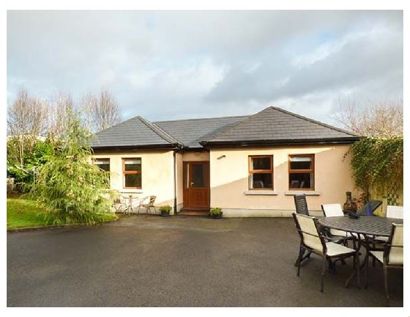 Click here for more about 5 Kilnamanagh Manor