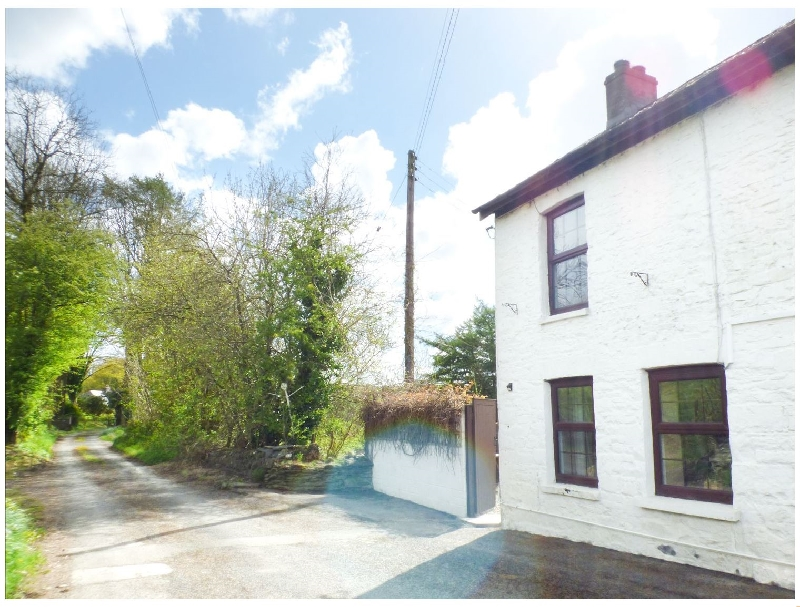 Click here for more about Old Railway Inn Cottage
