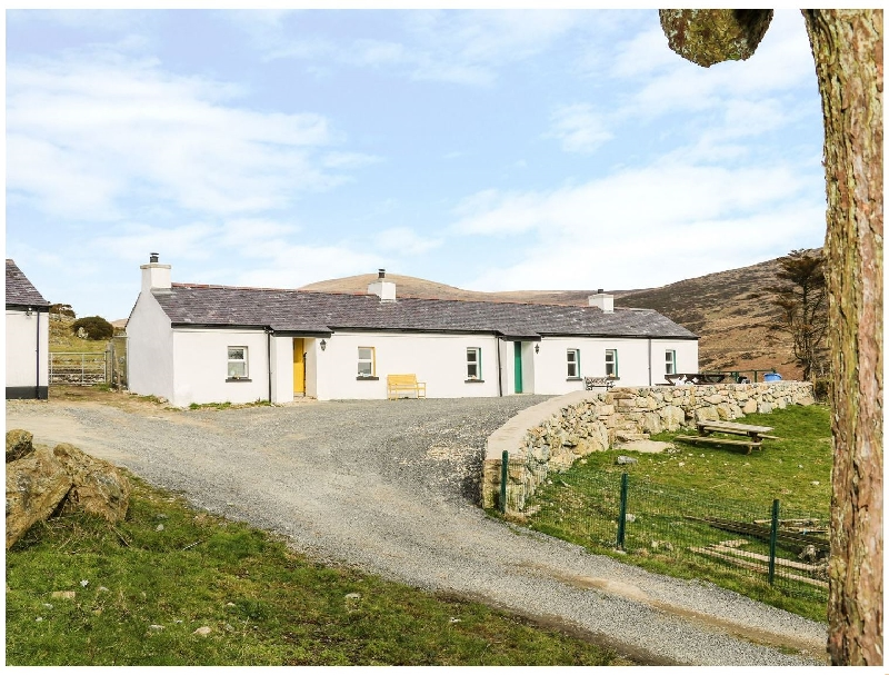 Click here for more about Mary Larkin's Cottage