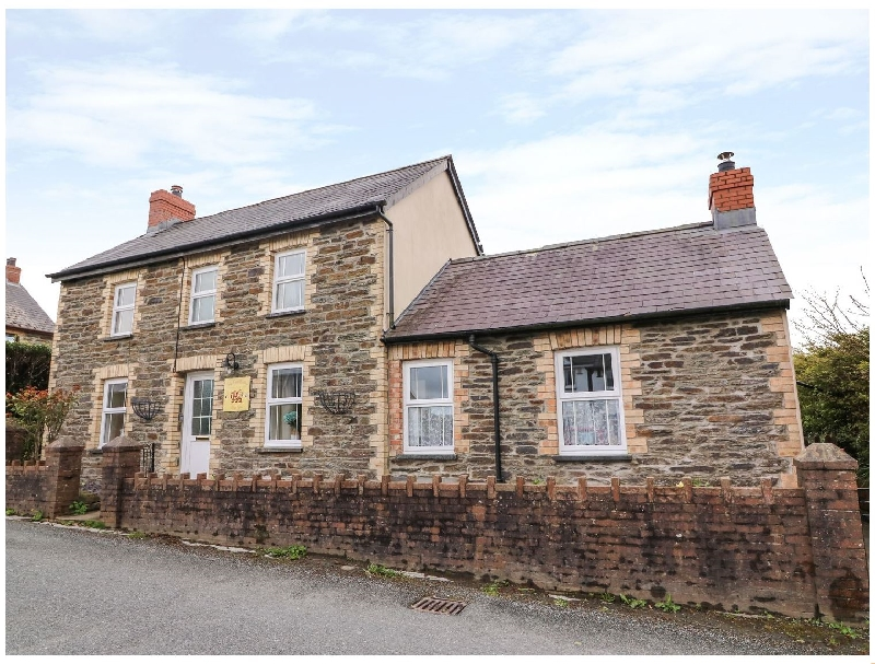 Click here for more about Cozy Cwtch Cottage