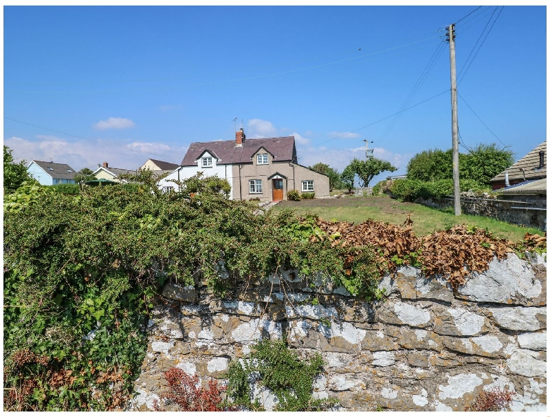Click here for more about No. 2 New Cottages
