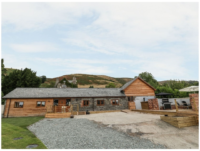Click here for more about Rhianwen- Plas Moelfre Hall Barns