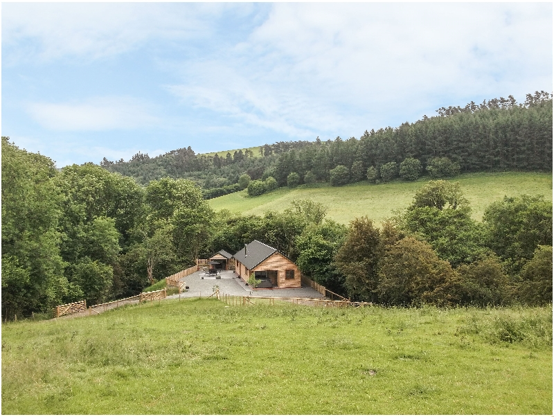 Click here for more about Ploony Hill Lodge