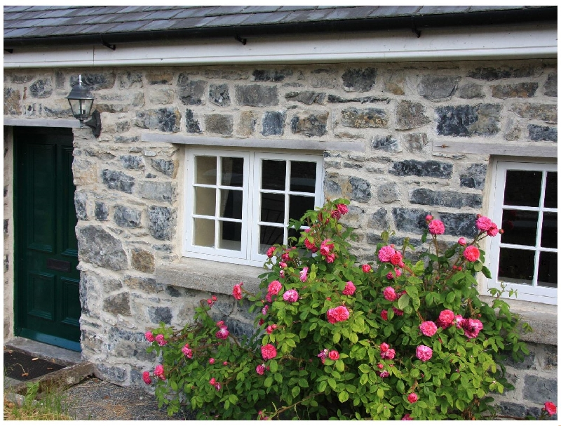 Click here for more about Charlie's Cottage