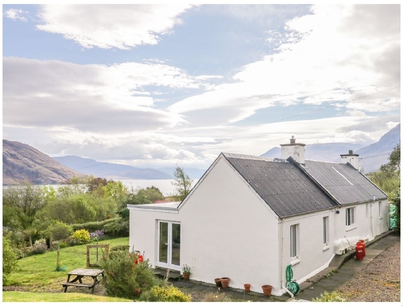 Click here for more about Beinn Ghobhlach Cottage