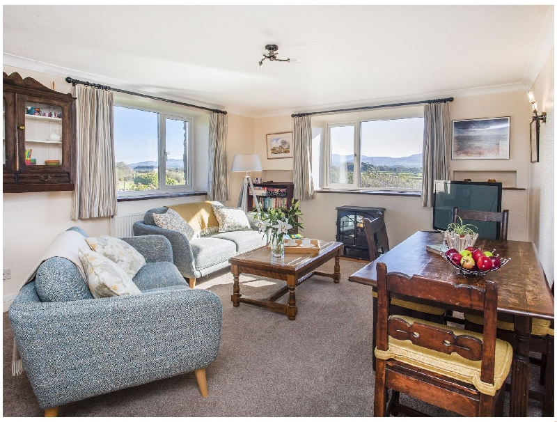 Click here for more about Tan Twr Farm Cottage