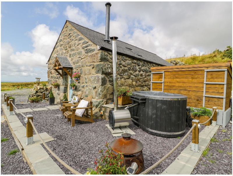 Click here for more about The Barn at Cae'r Fadog Isaf