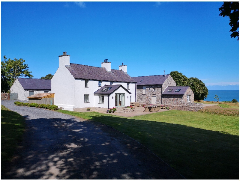 Click here for more about Penrhyn Barn
