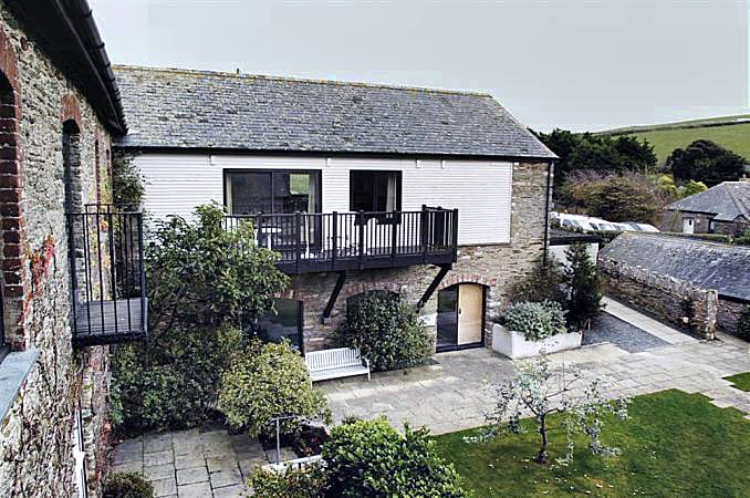 Click here for more about Court Barton Cottage No. 11
